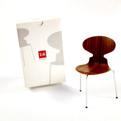 Miniature Arne Jacobsen Model 3100