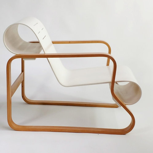Alvar Aalto Artek Paimio Chair. 1938