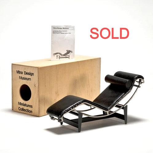 Corbusier Chaise longue LC4 1928 Miniature