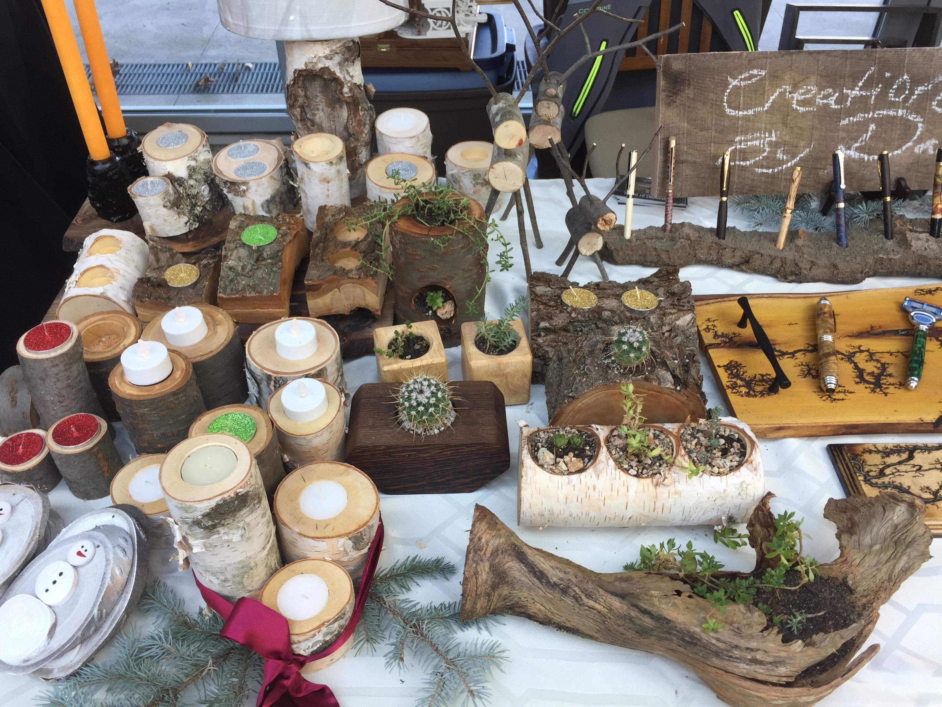 Holiday Gift Market