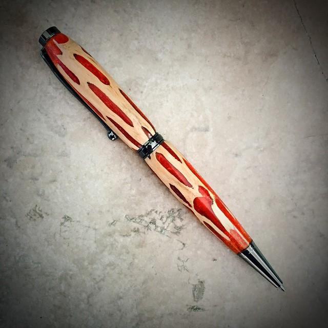 Superpunch Catus Pen
