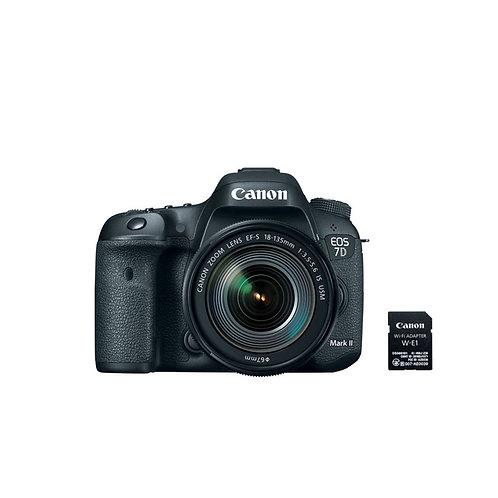 Canon EOS 7D Mark II Kit (EF-S18-135mm IS USM & W-E1)