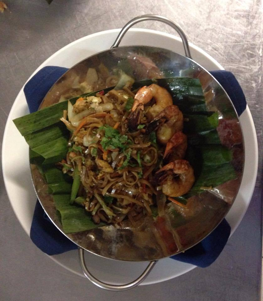 Thai Noddles with shrimp