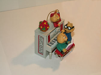 Alvin and the Chipmunks singing chrstmas