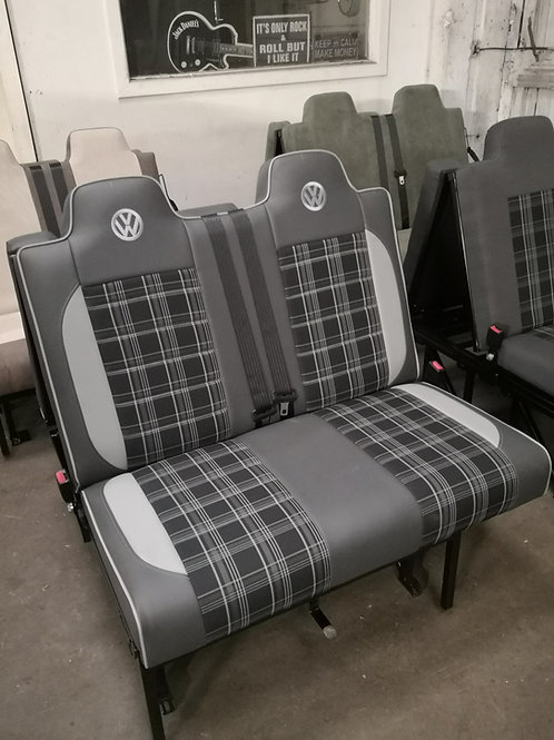 M1 tested rock and roll bed - Manufacturers trim & vinyl