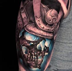 cesar blue skull