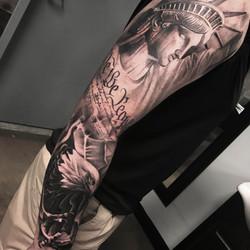 lady liberty sleeve