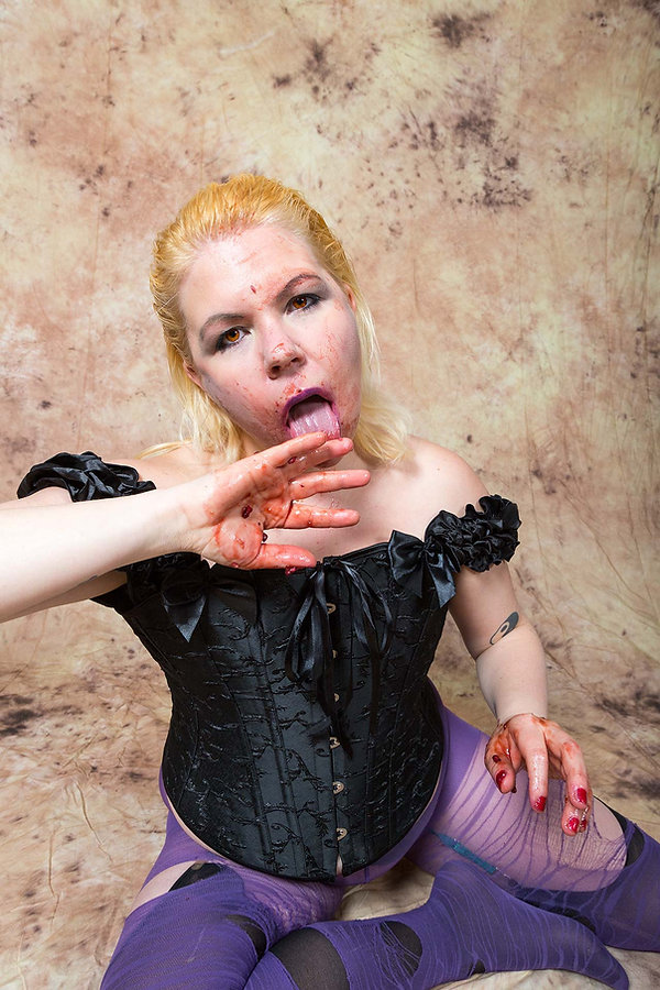 Claudia-Buffy-1_TIFFs-(164-von-268).jpg