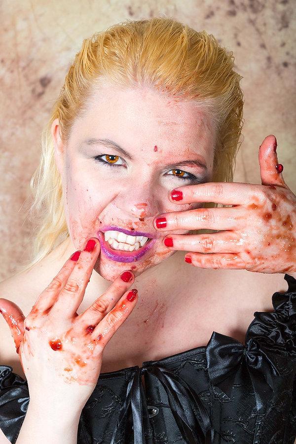 Claudia-Buffy-1_TIFFs-(165-von-268).jpg