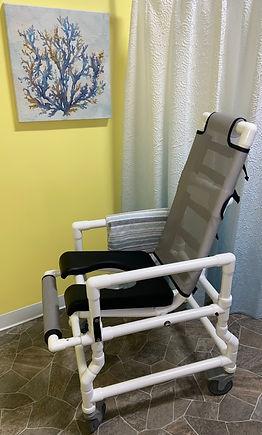 Tilt/ Deluxe Tilting Shower Chair