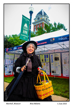 2013-06-01_3722_Miss_Melanie_Battle_of_Marshall_On_The_Square_with_Visit_MO_CW_150_Tent