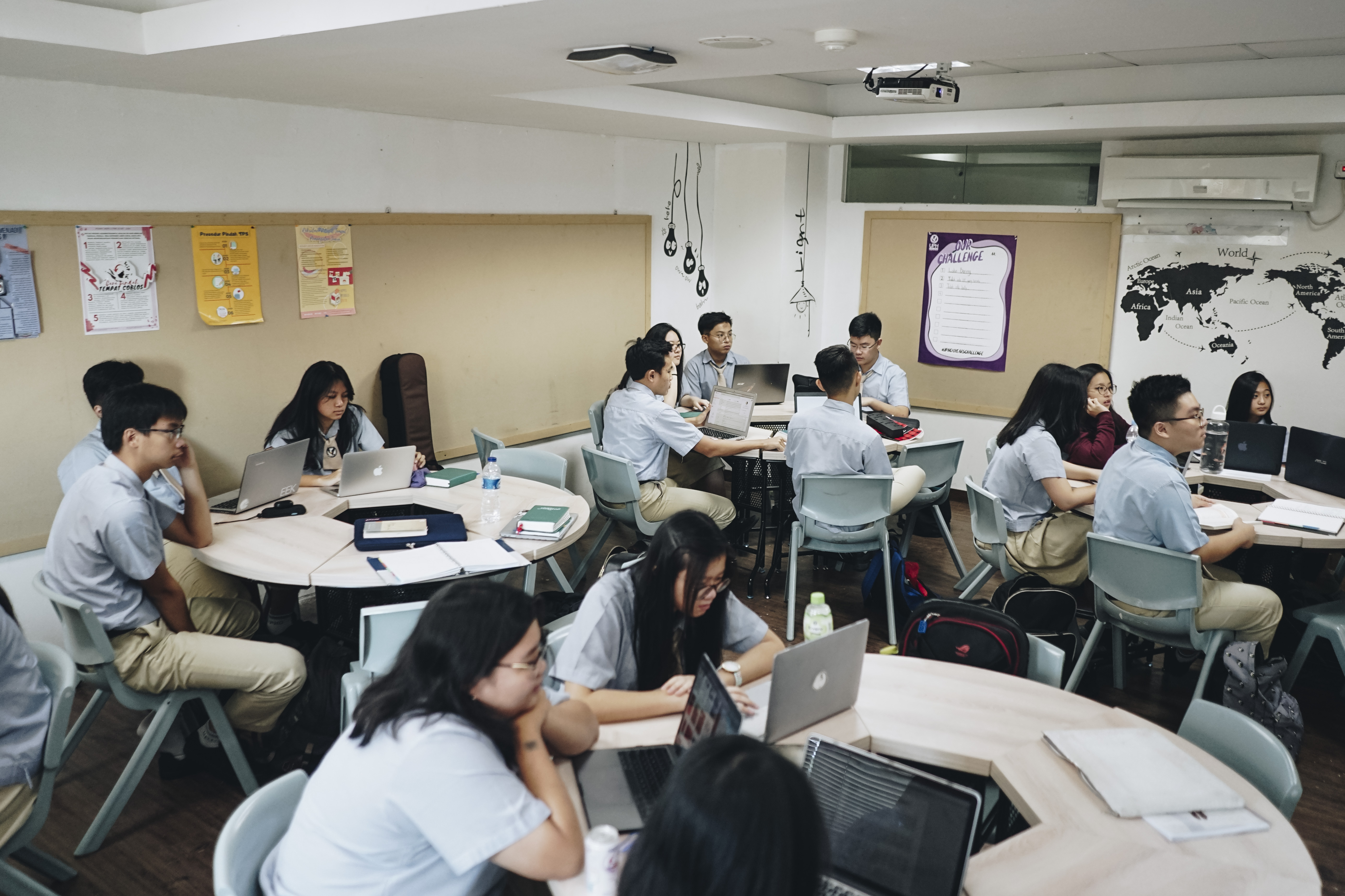 UPH College Modern Classroom