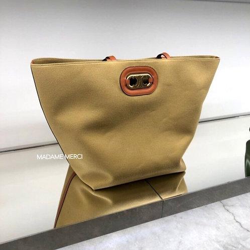 【CELINE】MAILLON TRIOMPHE Textile & Leather Shoulder Bag