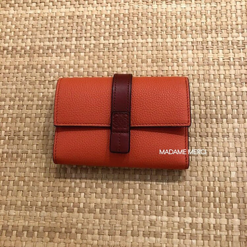 【LOEWE】Small vertical wallet / Coral+Soft Apricot