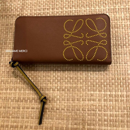 【LOEWE】Zip around wallet / Tan+Ochre