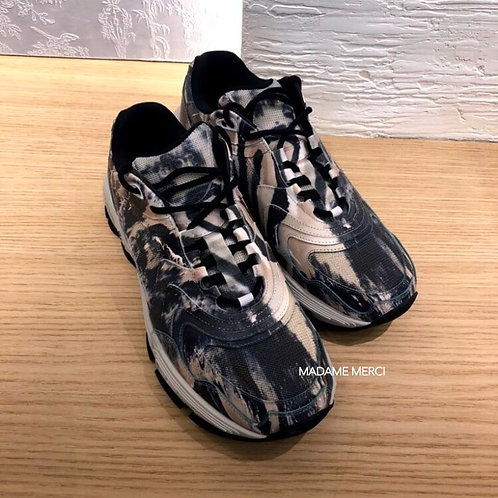 【DIOR】SNEAKER CD1 × Multicolored Marble Pattern