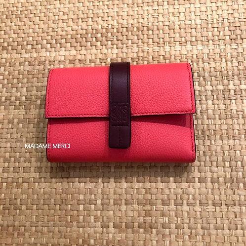 【LOEWE】Small vertical wallet / Poppy Pink
