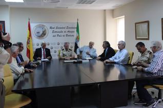Entrega del Diploma de Socio de Honor de la RSEEAP a la Brigada Mecanizada Extremadura XI.