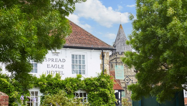 The Spread Eagle Hotel & Spa Midhurst Sussex wedding venue for celebrant wedding ceremony