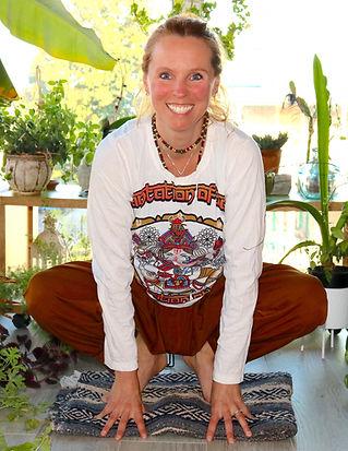 Pur_Yoga_Mélie_Caron_edited.jpg
