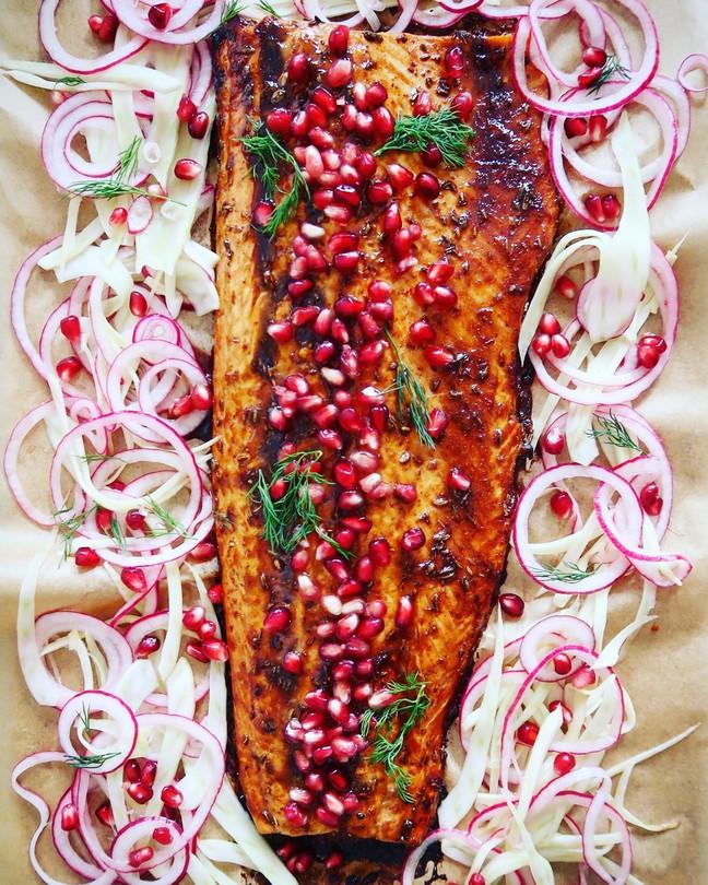 Pomegranate Glazed Salmon with Fennel & Red Onion