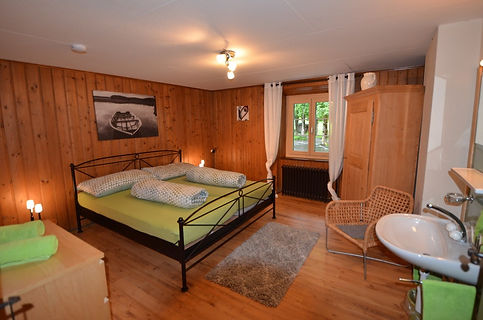 Doppelzimmer1_modern.jpg
