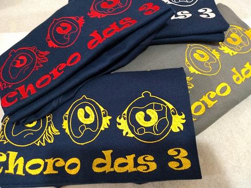 """Camiseta """"Choro das 3"""" - Bordada"""