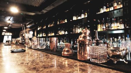 NY市ではレストランやバーの営業の緩和化