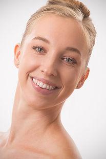 Stephanie Kellogg headshot 2020 !!!!!.jp