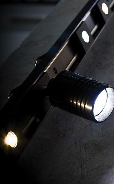 Rail Magnetic avec Spot LED-s orientable et focalisable