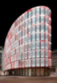 Eclairage de la façade du bâtiment Saint-George Center à Genève