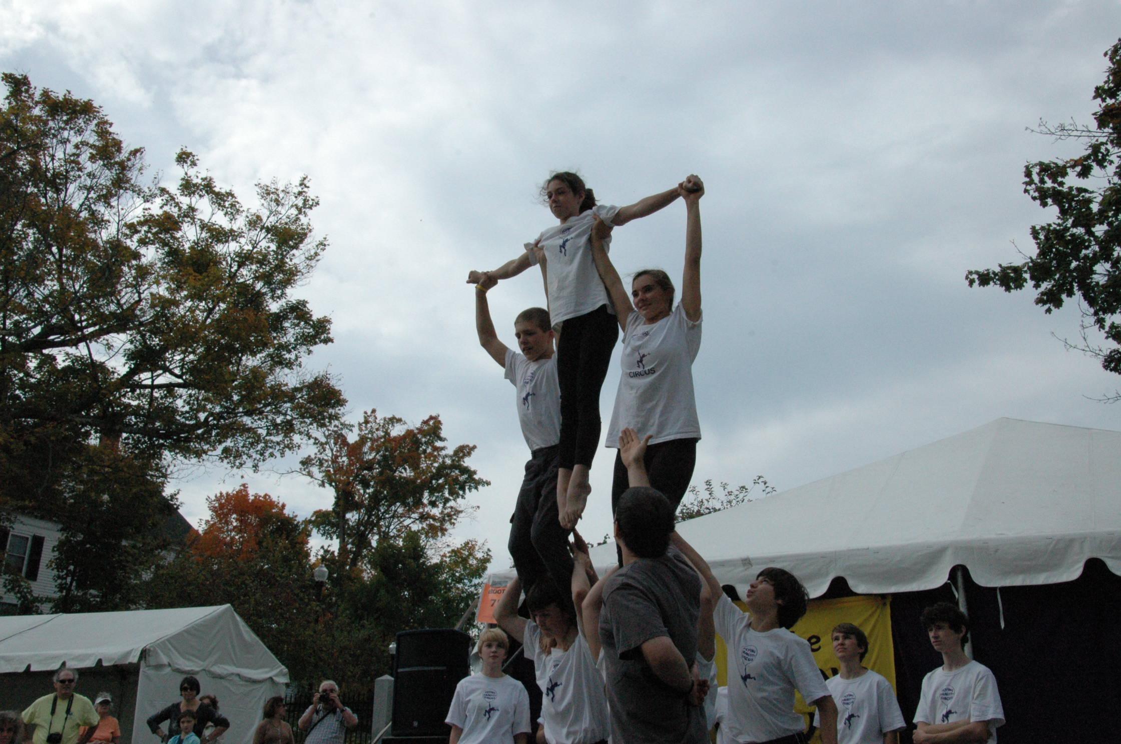 2012-10-06 Flyin Gravity Circus - Pumpkin 140.JPG