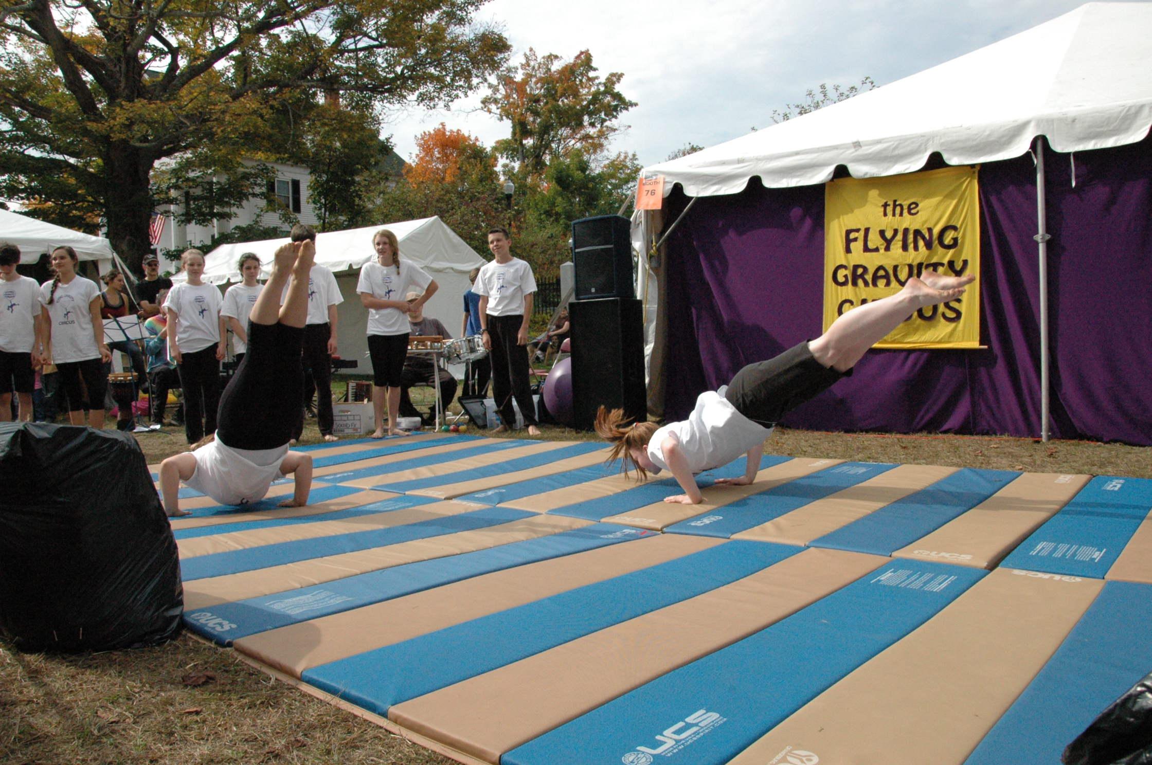 2012-10-06 Flyin Gravity Circus - Pumpkin 048.JPG