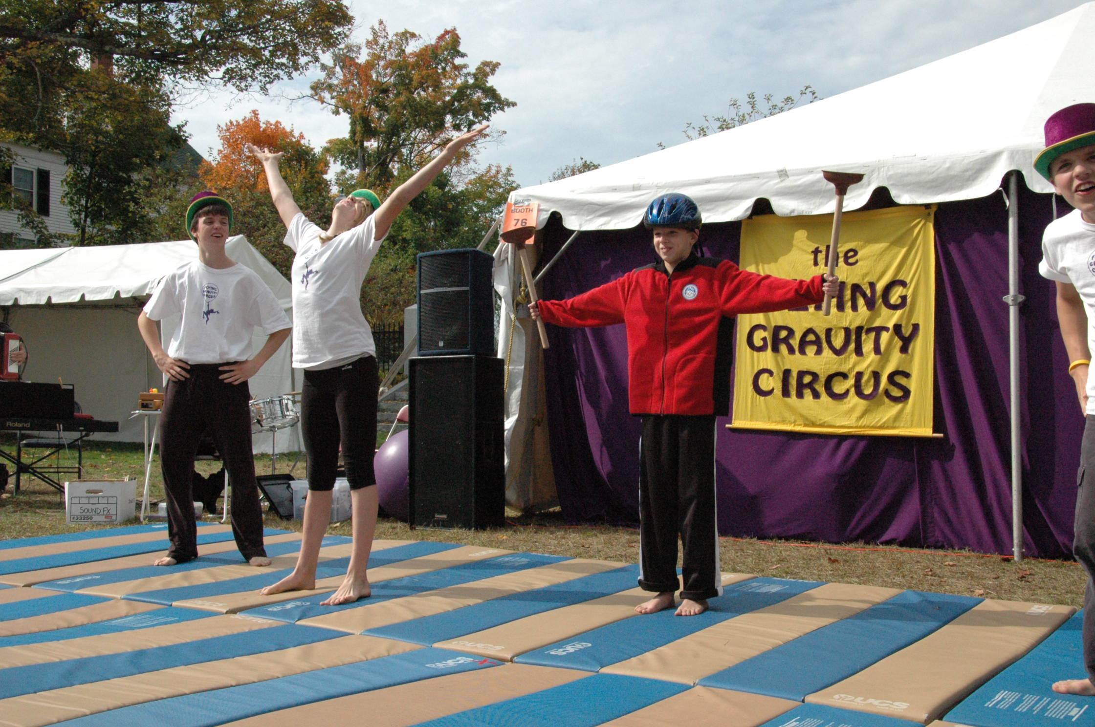 2012-10-06 Flyin Gravity Circus - Pumpkin 033.JPG