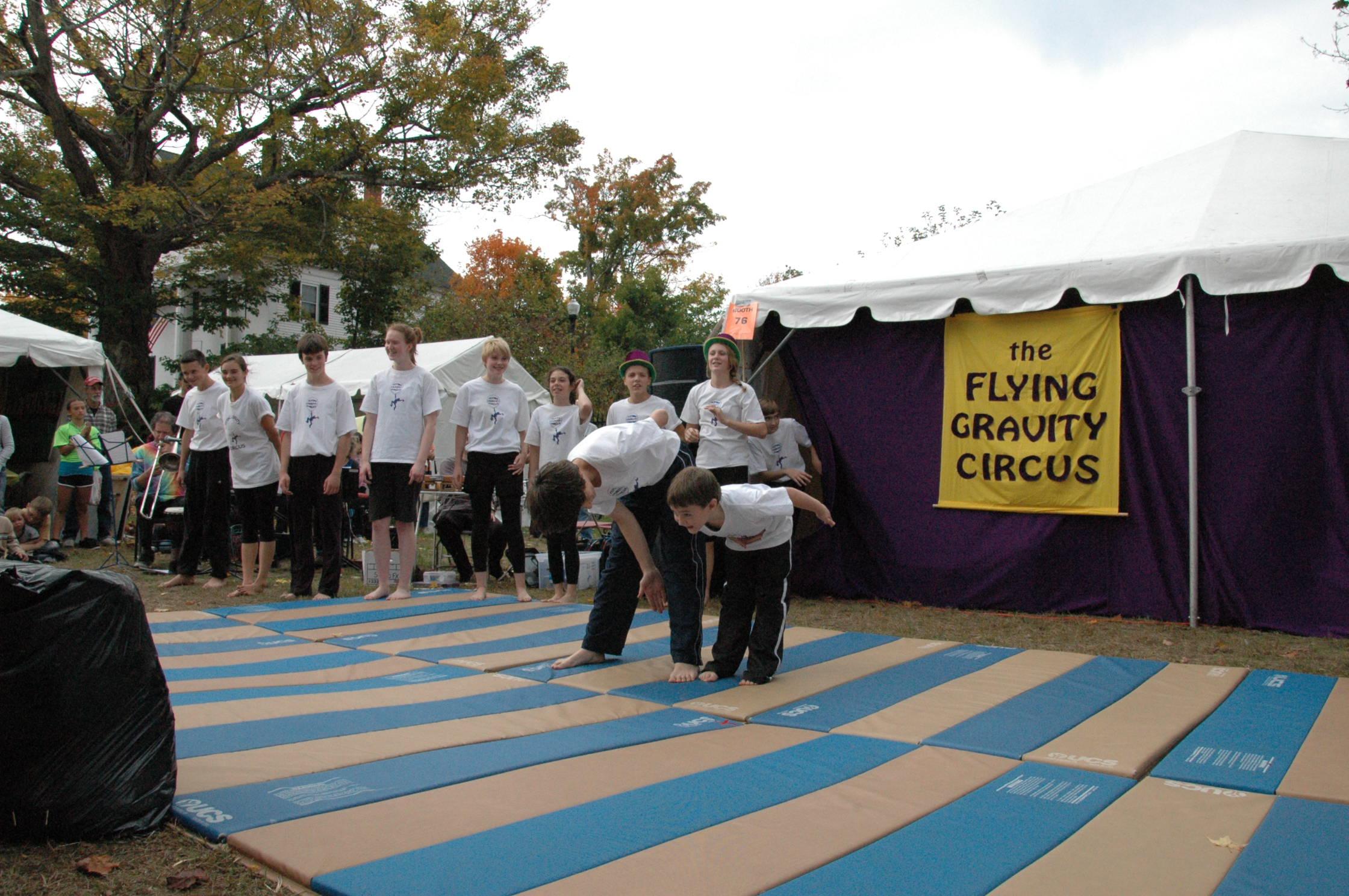 2012-10-06 Flyin Gravity Circus - Pumpkin 150.JPG