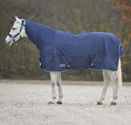 Chemise de pluie avec protection d'encolure