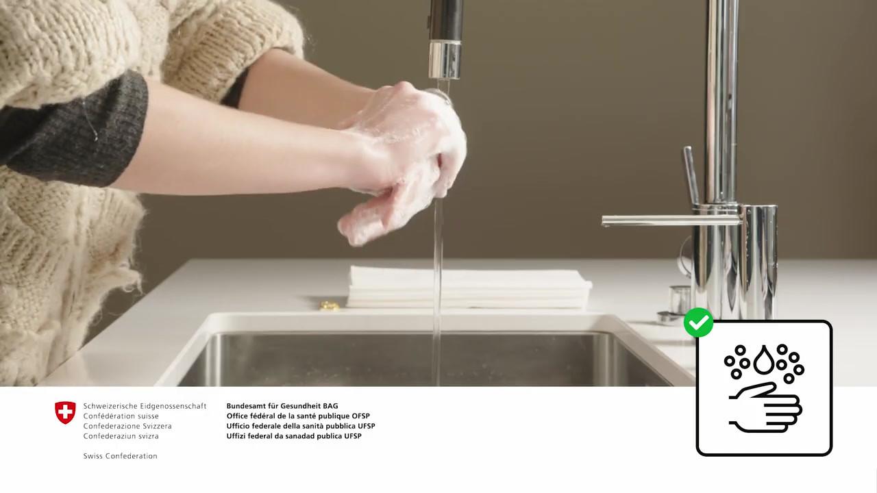 Se laver soigneusement les mains.