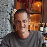 Raphael Zumofen.png