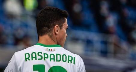 """De Zerbi: """"Se Raspadori continua così, per me diventerà il centravanti della Nazionale."""""""