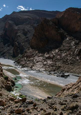 מדיטציה בין ההרים במרוקו
