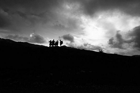 חבורה שכזו על קוו הרקיע במונטנגרו