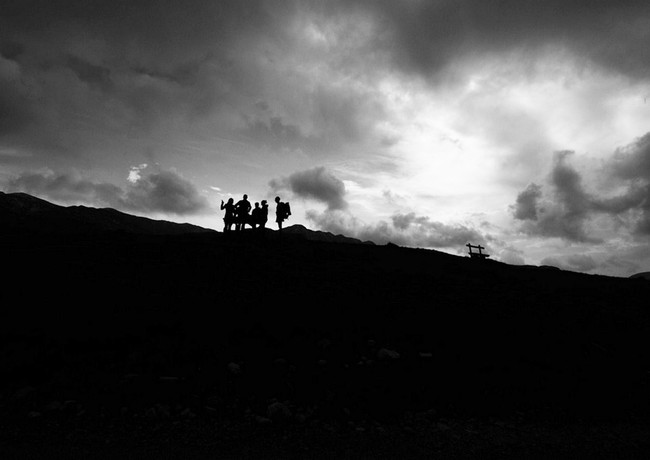חבורה  באלכסון במונטנגרו
