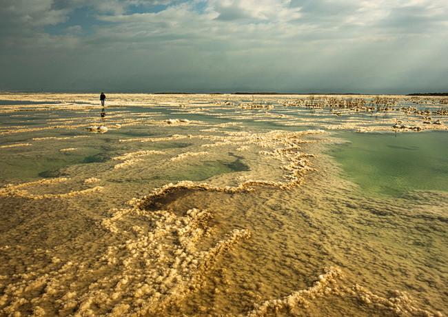 אל הלא נודע בים המלח