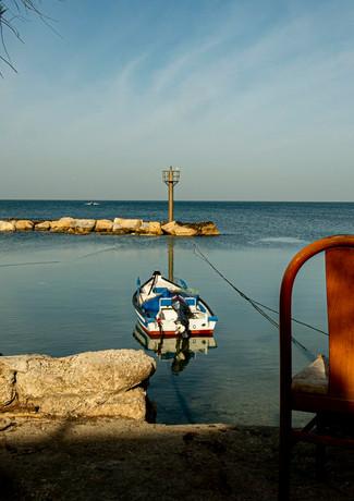 מנוחה אל מול סירה בגאסר א זרקא