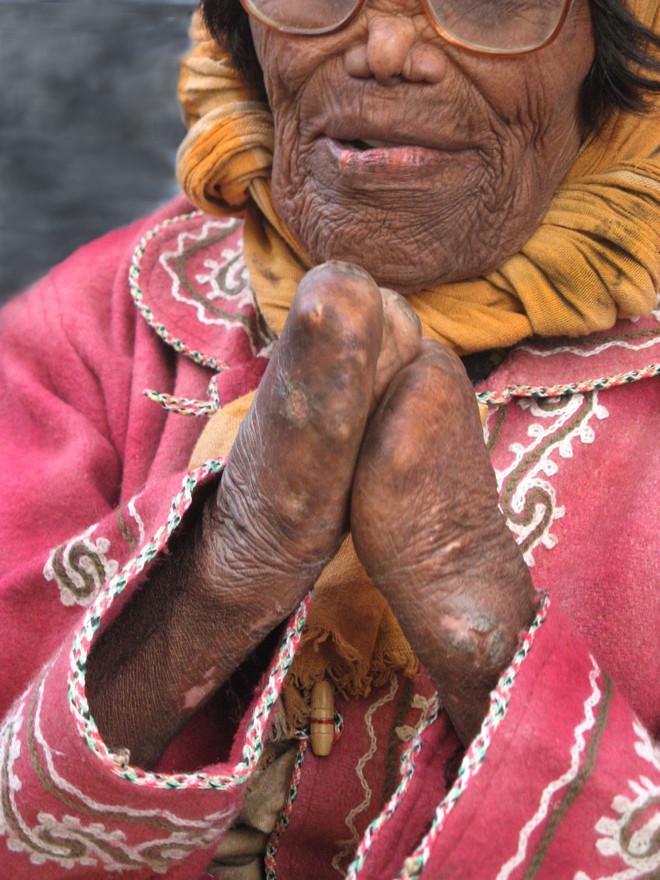 אישה בוורוד בהודו
