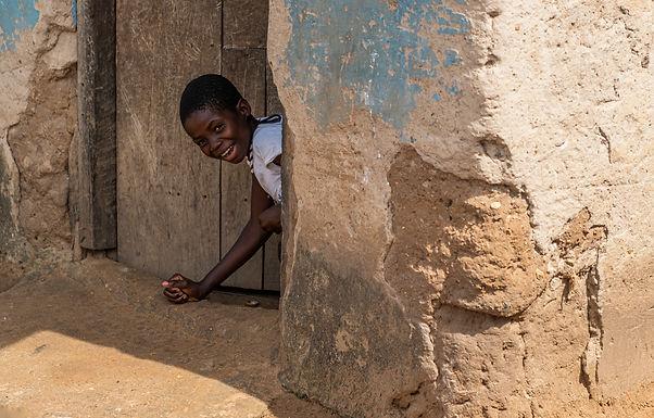 הזדחלות מפתיעה מפתח המחסן בגאנה