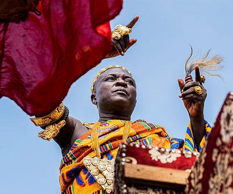הציף הראשי בטקס להצלחת יבול הדוחן בגאנה