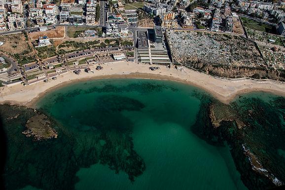 חוף הרצליה ממעוף ההליקופטר