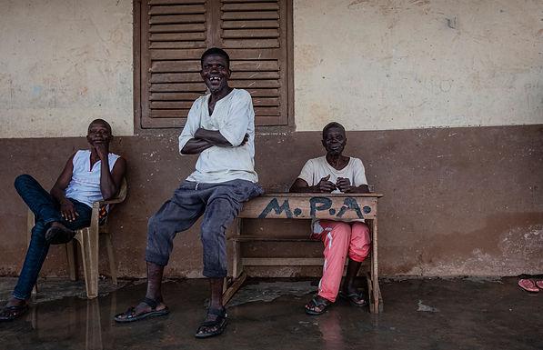 הקהל האוהד במגרש הכדורגל בגאנה