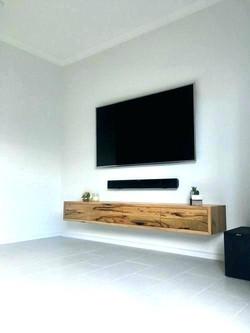 tv-wall-mount-ideas-chic-5cce8f9cd7f8f